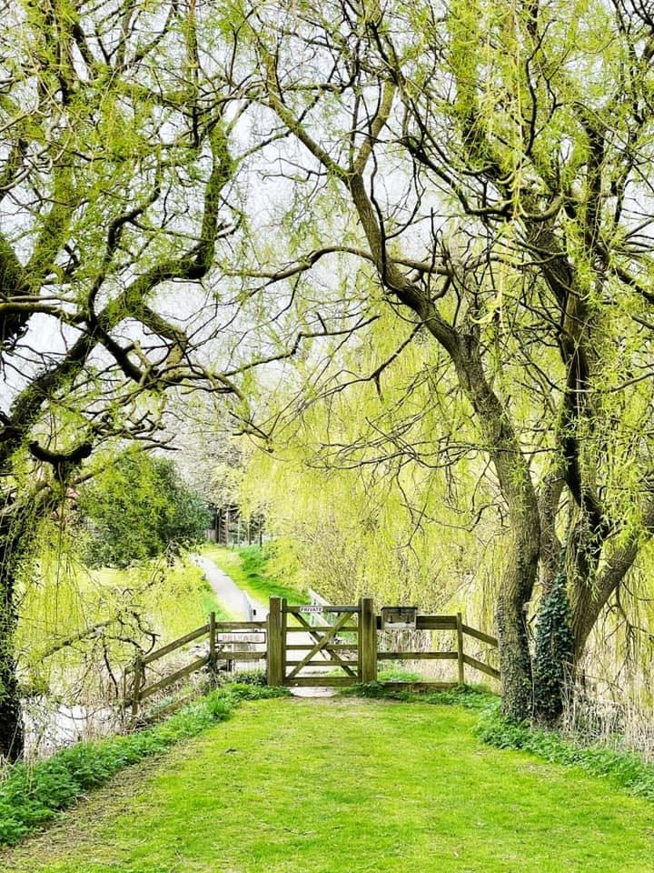 Countryside Walks & Gardens
